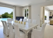 villa for rent les parcs de st tropez royal palm dining area