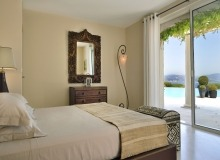 villa for rent les parcs de st tropez royal palm bedroom