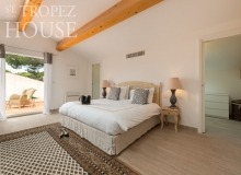 holiday villa tahiti st tropez villa tabou bedroom