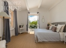 holiday rental les parcs de st tropez villa june parc bedroom