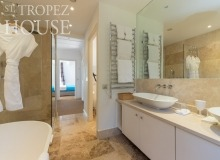 villa for rent les parcs de st tropez villa june parc bathroom