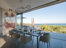 illa for rent pampelonne beach vertige dining area sea view