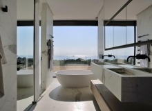 villa for rent pampelonne beach vertige bathroom