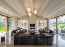 rent villa boulliabaisse st tropez palmieros living room