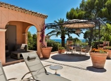 villa for rent in pampelonne villa sassari covered sitting area