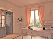 rent villa ramatuelle room