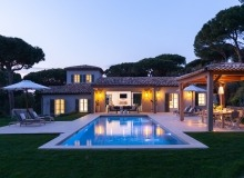 villa for rent le parcs des st tropez agape property night