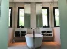 villa for rent pampelonne kubic bathroom