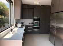 villa for rent pampelonne kubic kitchen