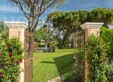 Luxury Villa Belieu Saint Tropez - Entrance