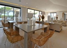 villa for rent st tropez les marres luxe living area