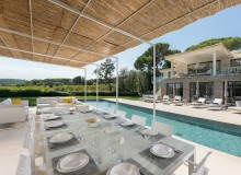 villa for rent les marres luxe st tropez outdoor dining area