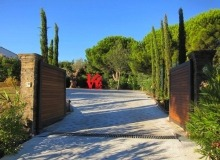 Rent Villa Carpe Diem St tropez - main car entrance