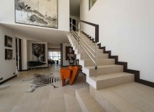 villa for rent les parcs de saint tropez parc nagoya living area staircase