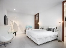 villa for let les salins st tropez hollywood bedroom