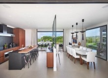 villa for rent les salins st tropez hollywood kitchen dining area