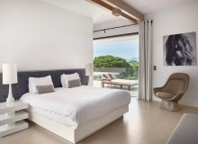 villa for rent les salins st tropez hollywood master bedroom