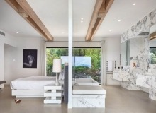 villa for rent les salins st tropez hollywood master bedroom bathroom