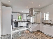 villa for rent les parcs de st tropez cosmos kitchen