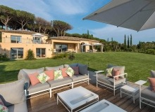villa for rent st tropez canoubiers property view