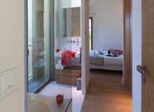 villa for rent carlo st tropez centre shower bedroom