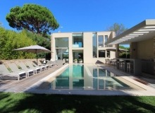 villa for rent carlo st tropez centre main view