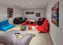 villa for rent carlo st tropez centre basement