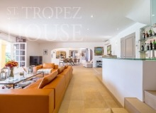 Luxury Family Villa Cap Bastide for Rent in Saint Tropez - Living room