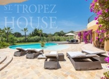 Luxury Family Villa Cap Bastide for Rent in Saint Tropez - sunbeds