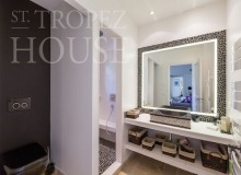 Luxury Sea Side Villa Vieilles Pierres in Saint Tropez - shower room