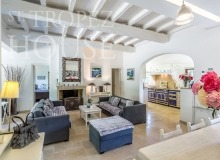 Luxury Sea Side Villa Vieilles Pierres in Saint Tropez - living room