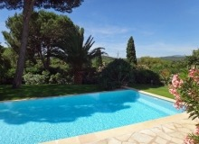 Rent Villa Muse St Tropez - garden and swimming pool