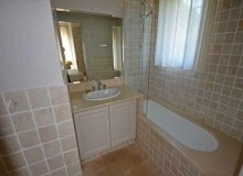 Rent Villa Angelia St Tropez - bathroom