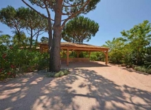 Rent Villa Angelia St Tropez - 2 parking spaces