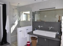 Rent or Buy Villa Vamarine la Croix Valmer - double bathroom