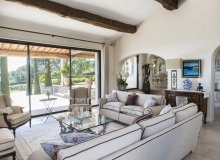 villa for rent route des plages st tropez mandalaure living area