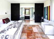 villa for rent route des plages st tropez elegante bedroom