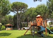 st tropez luxury villa for rent_playground