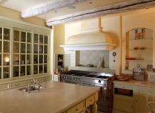 st tropez luxury villa for rent_kitchen